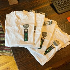 Four Brand New Primark Muscle Fit white T shirt